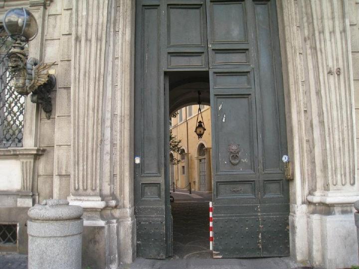 Photo 065 Courtyard Behind A Door